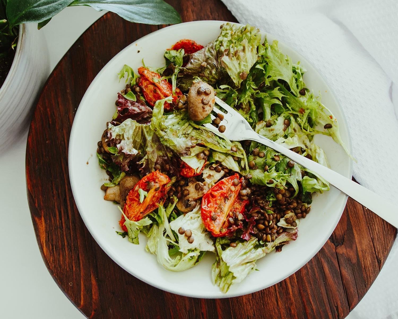 warm barley, mushroom, tomato and rocket salad