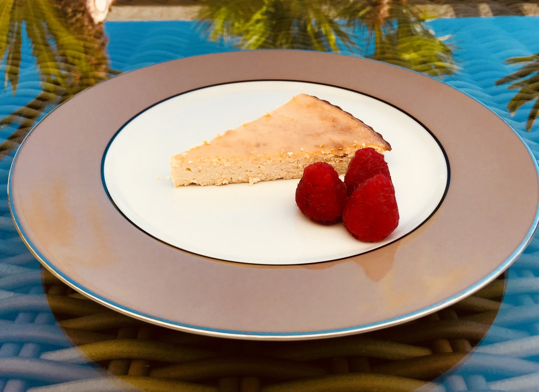 SugarDoctor Recipe sugar free zesty ricotta cheesecake on a plate